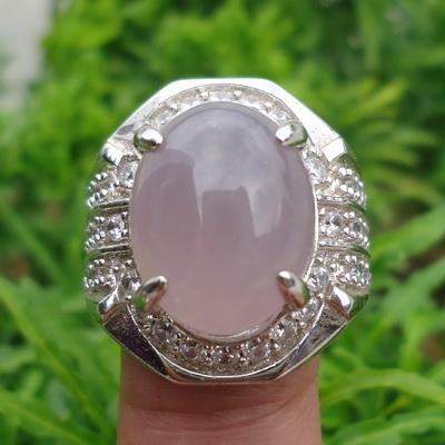 Batu Lavender Yang Bertuah