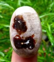 Batu Mustika Semar Sedang Bertapa