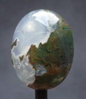 Batu Mustika Ganda Warna