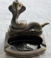 Sell Bronze Cobra Shape Tinplate Ashtray Desktop Smoking Elektronic Cigarette Lighter