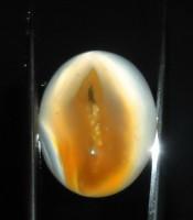 Batu Mustika Combong Perawan Emas