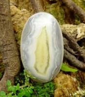 Batu Mustika Liang Janda