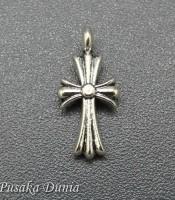 Aksesoris Bandul Salib Kecil Silver Elegan