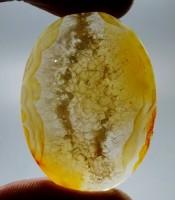 Kegunaan Mustika Kristal Aura Pelaris Usaha Dagang