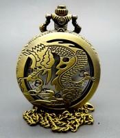 Khasiat Jam Pendulum Antik Motif Naga