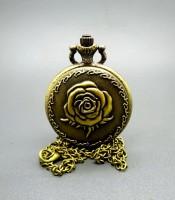 Kegunaan Jam Pendulum Antik Bunga Mawar