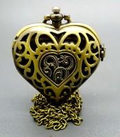 Kegunaan Jam Pendulum Bertuah Bentuk Love