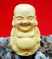 Khasiat Azimat Budha Tertawa