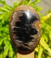 Khasiat Batu Mustika Khodam Gendruwo