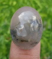 Batu Mustika Badher Putihan