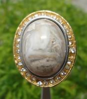 Batu Cincin Mustika Khodam Ular Putih
