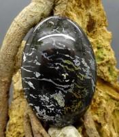 Batu Mustika Kulit Macan Kumbang